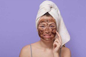 نگهداری از پوست چرب با لایه برداری
