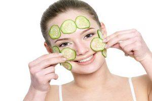 درمان خشکی پوست با خیار
